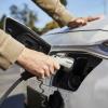 澳大利亚政府承诺投资838000美元推出智能电动汽车充电器