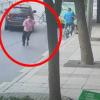 湖北十堰男子公交车上袭胸后跳窗逃跑