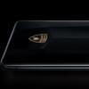 推出了特别版的OPPO Find X2 Pro 灵感来自世界上最快的商用车之一 并且已经在西班牙发售
