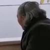 老人独自冒雨交医保被拒收现金 具体情况如何